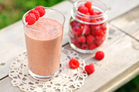 chocolate smoothie with raspberries